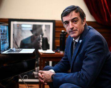 El senador Esteban Bullrich contó en redes sociales que sufre ELA.