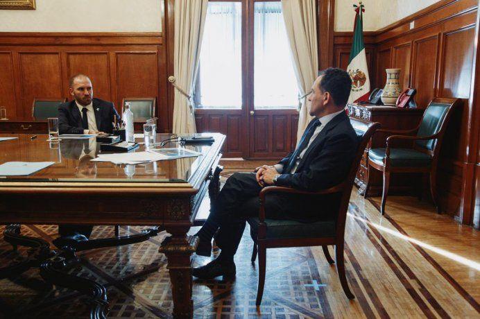 Guzmán sobre el viaje a México: Sumamos apoyo en las negociaciones con el FMI