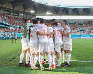 España goleó a Eslovaquia y consiguió la clasificación a los octavos de final en la Eurocopa.