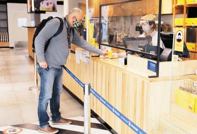 Apuesta. Havanna reabrió la cafetería en el aeropuerto de Ezeiza.