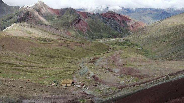 Gran parte del turismo en Jujuy depende de sus impresionantes cerros.