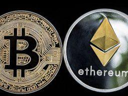 ethereum, imparable, mientras bitcoin cae y se pincha dogecoin