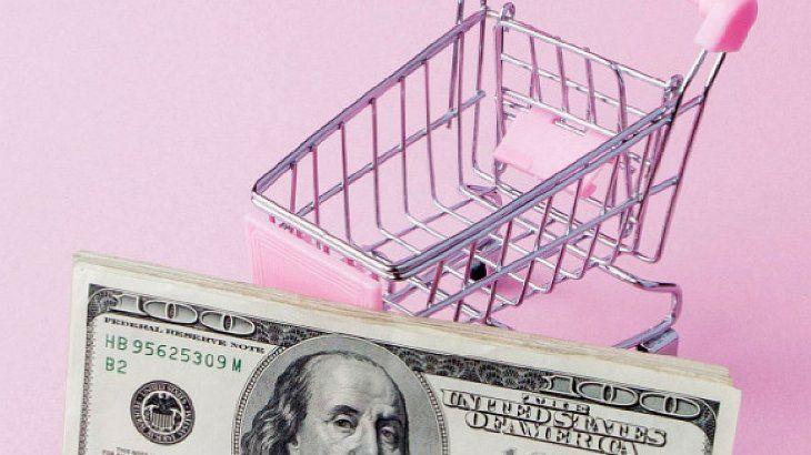 Inflación versus tipo de cambio, ¿quién gana la batalla del siglo?