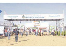 La exposición, que este año se organiza en Ramallo, promete mostrar el cambio de clima del campo después de la baja de retenciones. La muestra abrirá hasta el viernes.