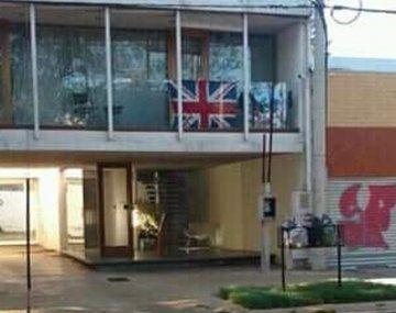 La bandera británica apareció en undepartamento de La Plata el mismo día en el que se conmemoran los 38 años del inicio de la Guerra de Malvinas.