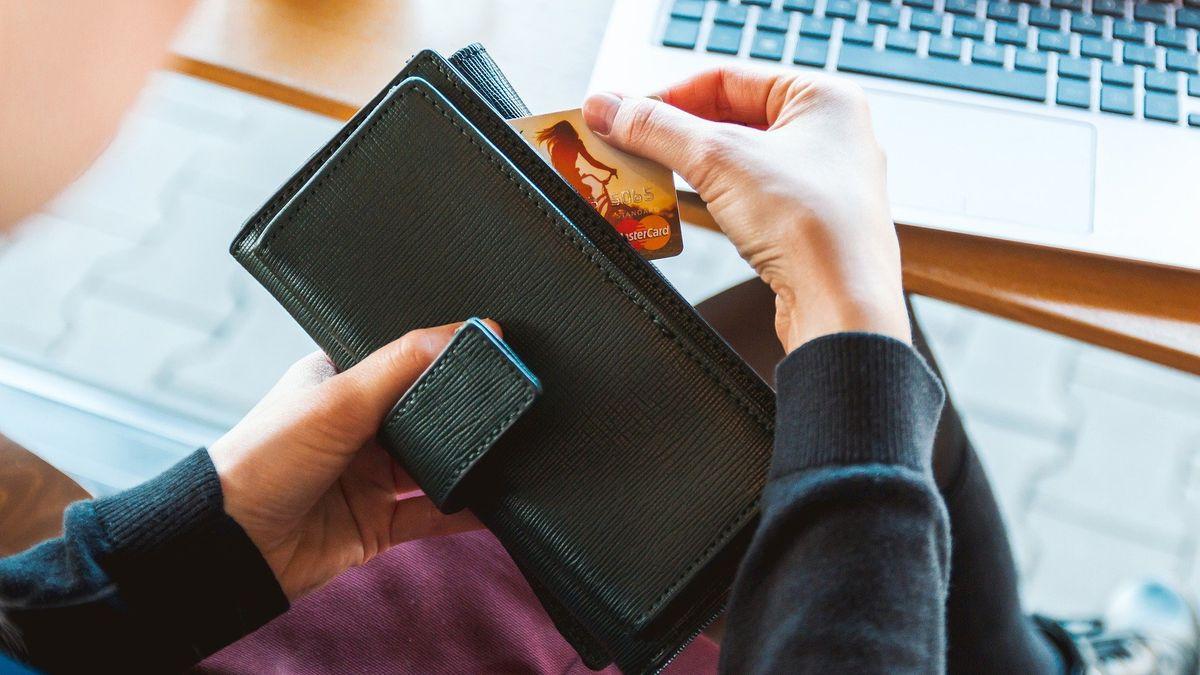 Las deudas domésticas ¿conviene financiarlas con tarjeta de crédito o préstamos personales?