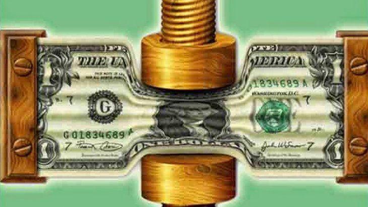 El dólar CCL rebotó casi $4 en la semana, en plaza volátil tras regulaciones