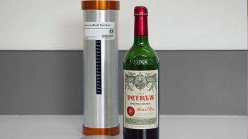 Se espera que el valor de la botella alcance el millón de dólares.