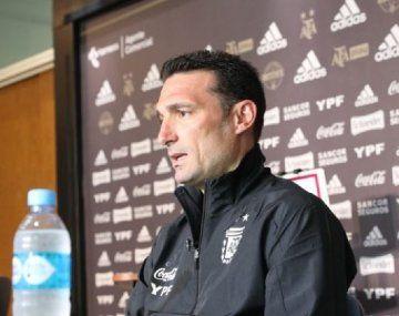 Lionel Scaloni se mostró optimista por el juego de la selección argentina.