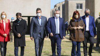 """Unidos. """"Esta es la foto de la unidad, de los que queremos poner de pie a la Argentina"""", aseguró el Presidente junto a Sergio Massa, Cristina Kirchner y Axel Kicillof."""