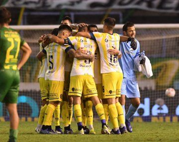 Rosario Central ganó y se acomodó arriba en la Zona 1.