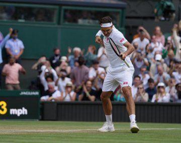 Con casi 40 años, Federer avanzó a cuarta ronda de un Grand Slam por 69° vez en su carrera.