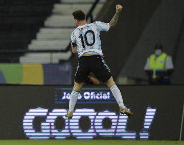 No alcanzó. Pese al golazo de Lionel Messi Argentina no pudo con Chile en su debut de la Copa América.