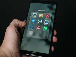 Desde WhatsAuto se pueden generar respuestas automáticas para varias redes sociales.