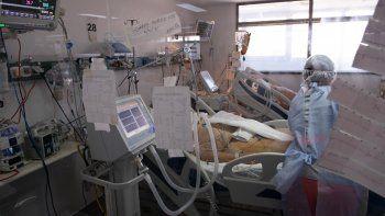 En el sistema de salud público sólo quedan disponibles 96 camas de terapia intensiva sobre un total de 500.