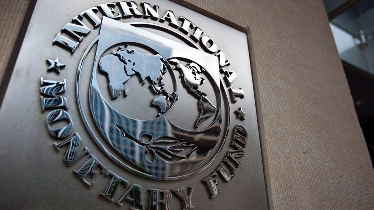de frondizi a mauricio macri: un timeline que revela como se endeudo la argentina con el fmi desde 1958