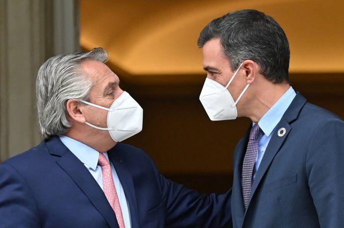 el-presidente-alberto-fernandez-junto-su-par-espanol-pedro-sanchez