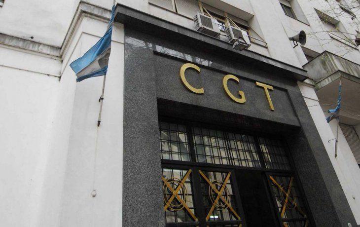 CGT monta ensayo de unidad y se abroquela contra flexibilización laboral de JxC