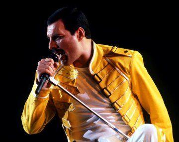 Ponen a la venta NFT de Freddie Mercury con fines benéficos.