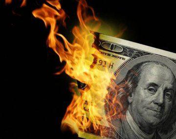 Se le viene la guerra al dólar