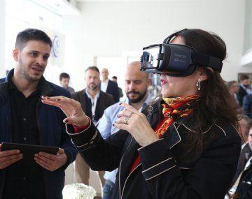 Tecnología. Con anteojos de realidad virtual y tablets, el comprador podrá tener toda información de un 0 km sin moverse de su casa o trabajo.