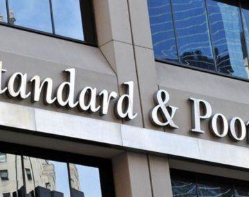 Standard & Poors (S&P) Global Ratings revisó a positiva la perspectiva del Banco de Desarrollo de América Latina (CAF).
