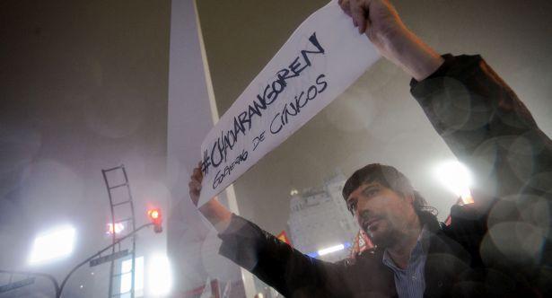 Miles de personas se manifestaron en todo el país. El Obelisco fue el centro de las protestas en Ciudad.