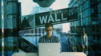 La idea es que los mercados financieros tradicionales y los digitales dejen de ser mutuamente excluyentes.
