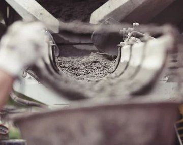 El desplome productivo y de ventas de cemento comenzó en agosto de 2019, tras la devaluación del peso luego de las elecciones primarias.