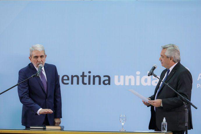 El presidente Alberto Fernández ha juramentado al nuevo ministro de Defensa, Anapal Fernández.