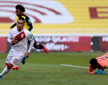 Perú le ganó a Ecuador en Quito por las Eliminatorias Sudamericanas.