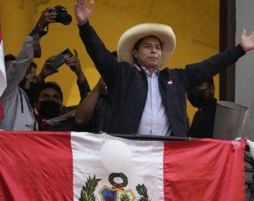 Pedro Castillo mantiene una ventaja constante frente a Keiko Fujimori.