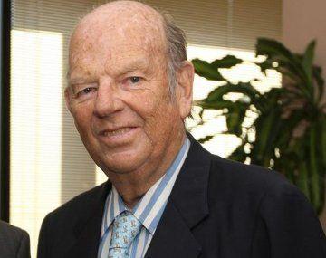 Bartolomé Mitre era director desde La Nación desde 1982.