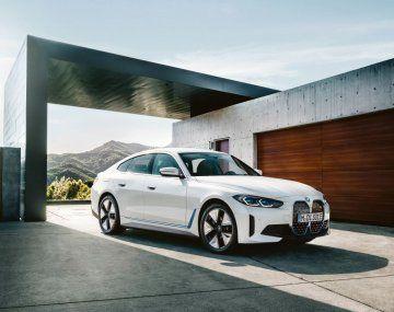 BMW busca baja del 25% en costos