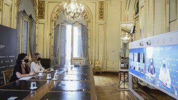La ministra de Salud, Carla Vizzotti y la asesora presidencial Cecilia Nicolini mantuvieron encuentros virtuales con autoridades y empresarios de China e Israel.