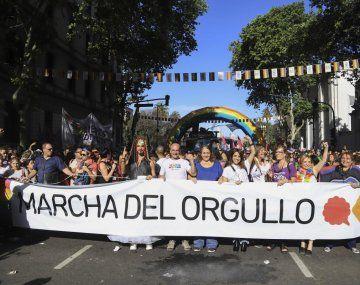 Multitudinaria Marcha del Orgullo de Plaza de Mayo a Congreso