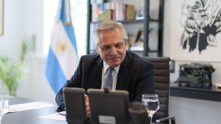 En la comunicación con Putin, Alberto Fernández estuvo acompañado por el ministro de Relaciones Exteriores, Comercio Internacional y Culto, Felipe Solá, y la asesora presidencial, Cecilia Nicolini.