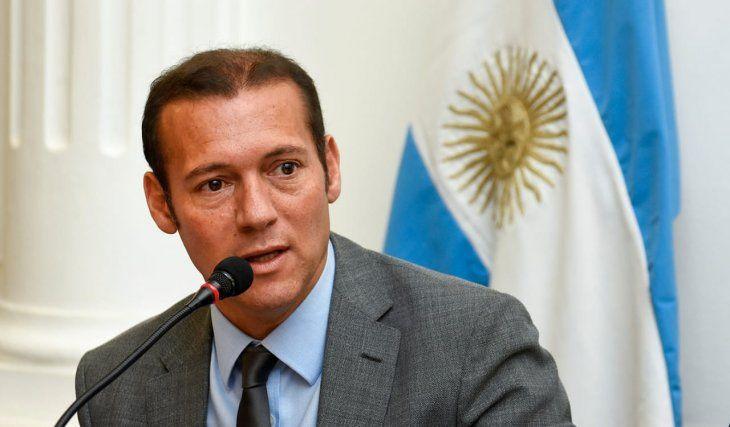 """Omar Gutiérrez reclamó no subsidiar el consumo """"de grandes conglomerados"""" y pidió actualizar montos de regalías"""