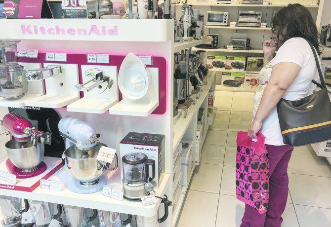 la-propuesta-incluye-el-acceso-al-credito-la-compra-calefones-y-cocina-gas-y-solares-heladeras-lavar