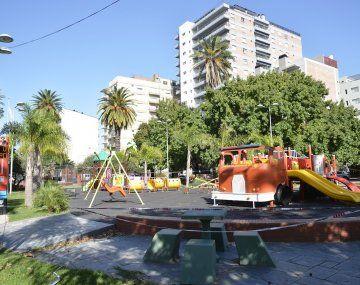 COVID-19: el Municipio de Tigre cierra las plazas públicas, polideportivos, el Puerto de Frutos y centros comerciales a cielo abierto.