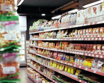 Cada vez hay menos productos importados en las góndolas de los supermercados argentinos.visibility