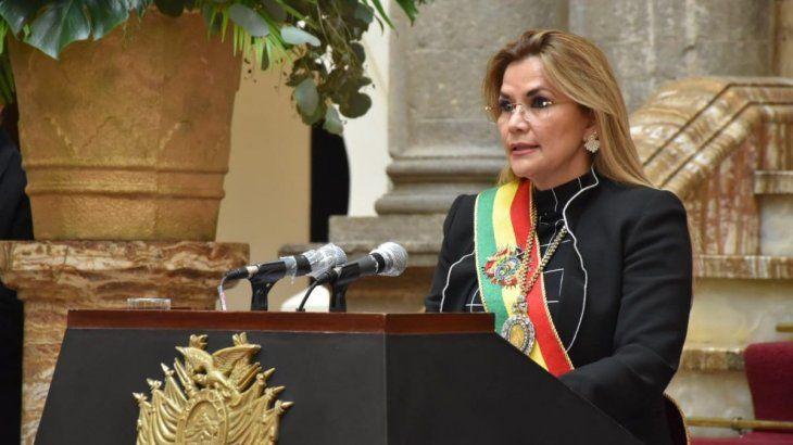 la-presidenta-facto-bolivia-jeanine-anez
