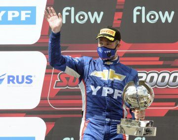 Agustín Canapino recordó a su padre en el podío del Súper TC2000.