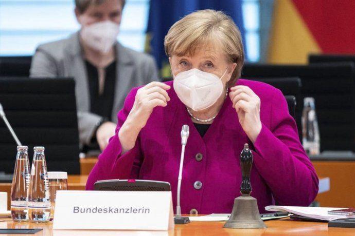 Angela Merkel decidió tomar el control de la lucha contra el coronavirus ante la dispar respuesta de las regiones en Alemania.