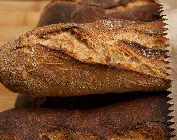 El sector panadero manifestó su molestia por el incremento de los insumos necesarios para la elaboración de pan.