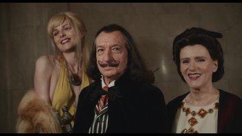 Ben Kingsley como Salvador Dalí