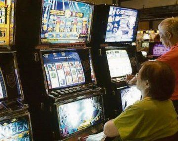 Provincia aprobó la explotación de 3.860 máquinas tragamonedas en casinos