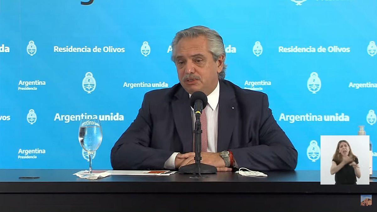 Tras la reunión con Horacio Rodríguez Larreta, Alberto Fernández ratificó la suspensión de las clases presenciales.