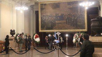Los restos de Alcira Argumedo son velados en el Salón Pasos Perdidos del Congreso de la Nación.