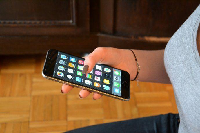 Gobierno define suba de tarifas de telefonía, cable e internet